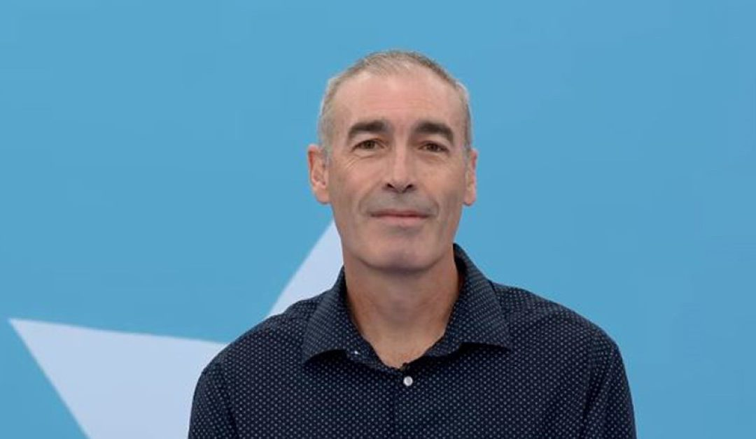 """Original Yellow Wiggle Greg Page Urges: """"Learn CPR"""""""
